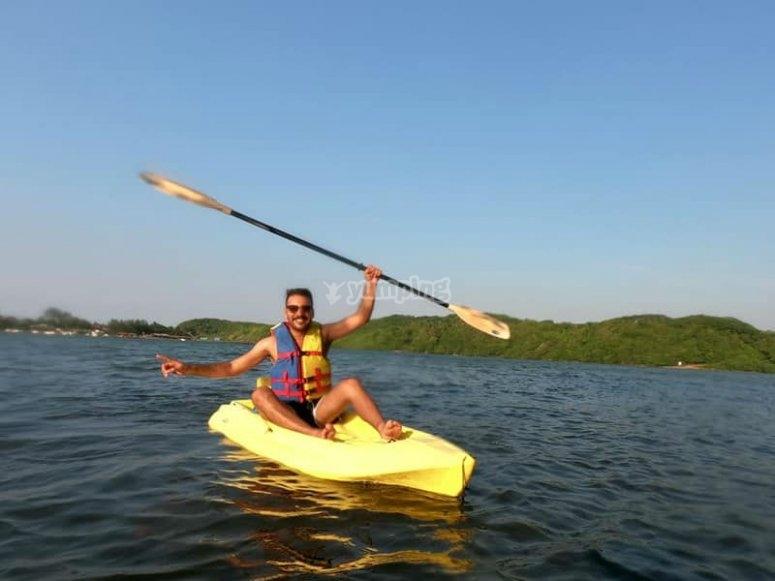 Paseo en kayak por la laguna