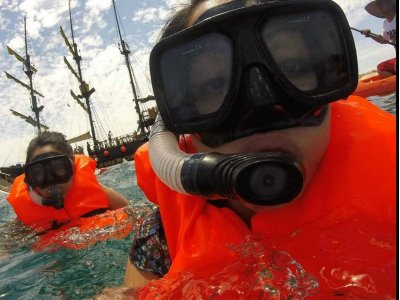 Snorkel en Bahía Chileno con comida y barra libre