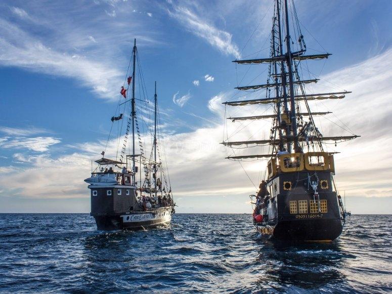 Barcos pirata en mar de cortés