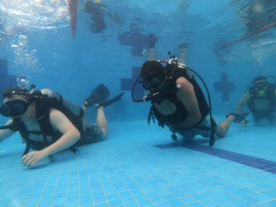 Discover Scuba Diving course in Arboledas pool
