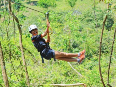 5 zip lines in Ecological Park in Huatulco