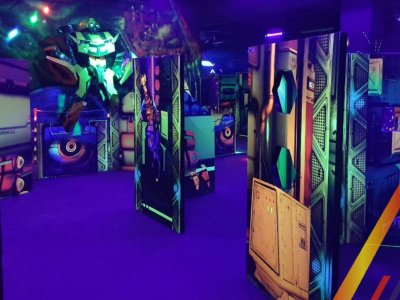 Laser tag game rental in Nazario Ortiz 5 hours