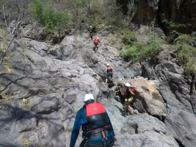 Canyoning and rappel intermediate Sierra Mixteca 2d