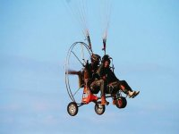 Tandem flight with paramotor