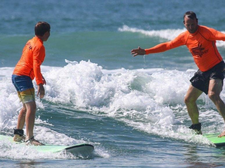 Comienza a surfear con nosotros