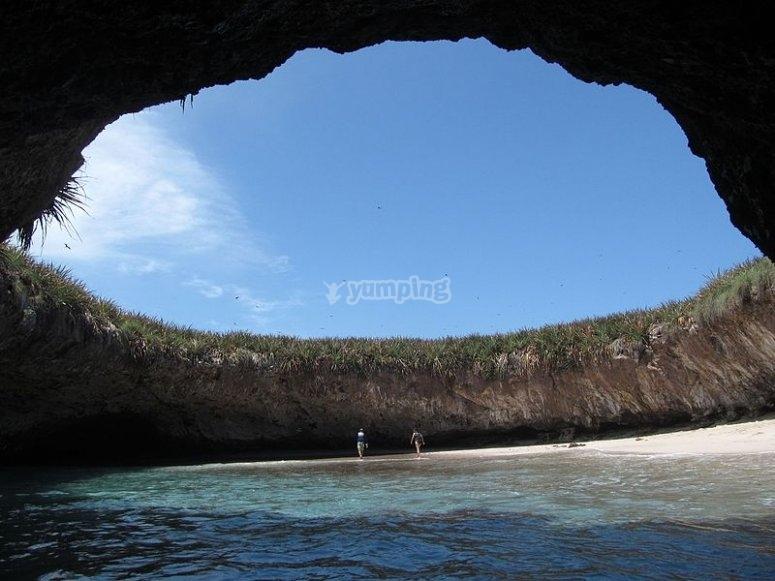Playa del Amor en Islas Marietas