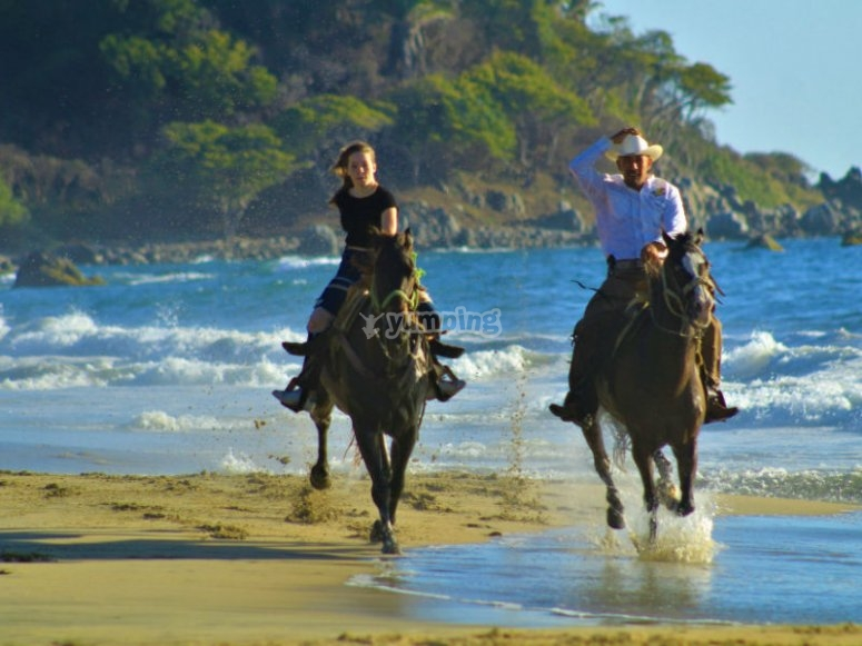 Enjoy this route on horseback to the fullest