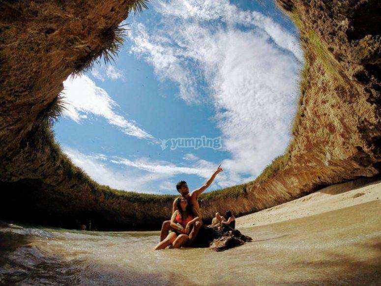 Visita el cráter mas famoso del Pacifico Mexicano
