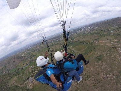 Paragliding flight in San Jose de la Vinata 20 min