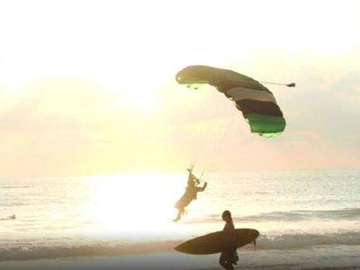 Parachute jump + video in Puerto Escondido 1h