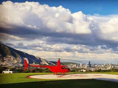 Ruta de la Silla by helicopter in Monterrey 15min