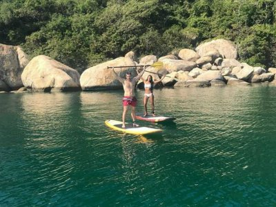 Stand Up Paddle in Puerto Marqués Acapulco 1 hour