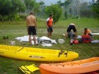 Preparacion de equipo de kayak