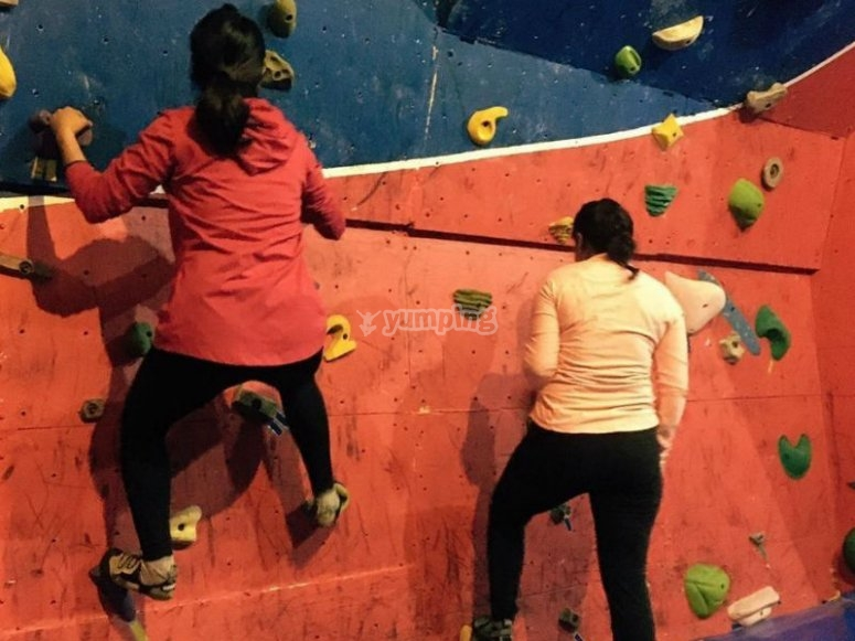 Enjoy the sport of climbing with us