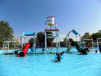 Entrada a parque acuático para niños en Carmen