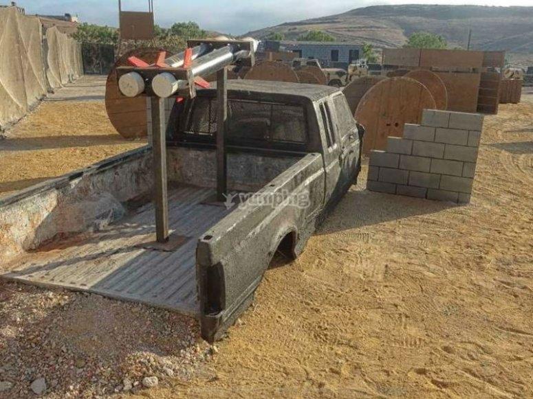 Old car in Guantanamo field