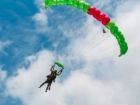 Parachute jump at 10,000 feet in La Barca