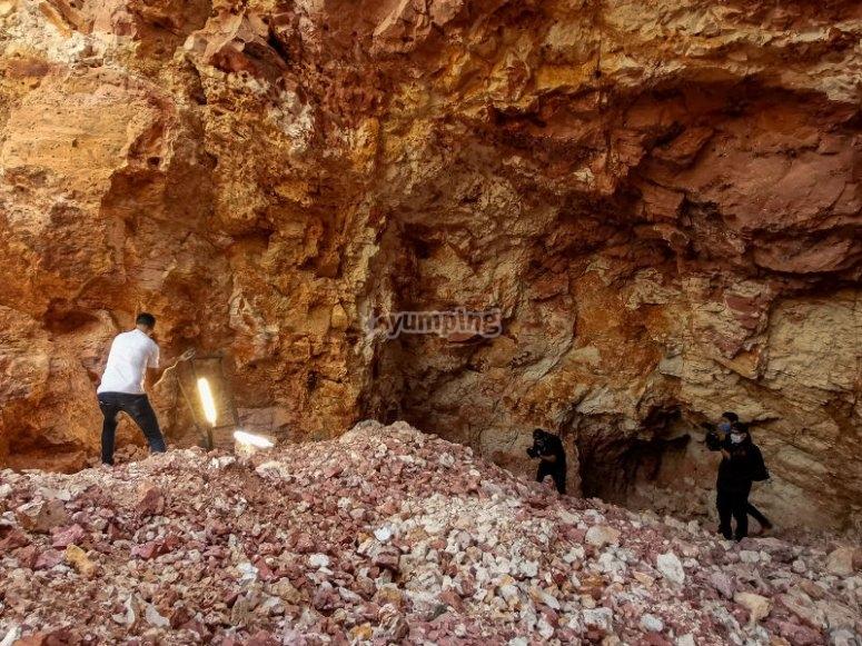 Explorando el interior de la mina