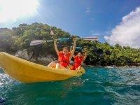 Kayak in couple