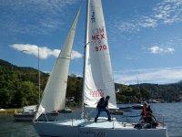 Sailboat Ride 6 people in Valle de Bravo 1 hr