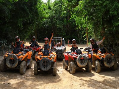 Quad bike and canopy circuit in Puerto Morelos