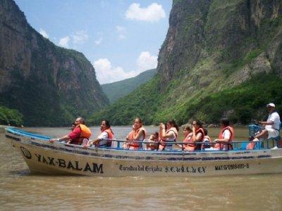 Ride in Sumidero Canyon and Chiapa de Corzo children