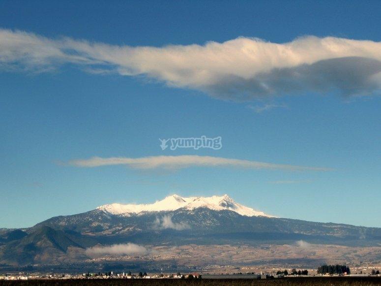 Vista hacia los volcanes