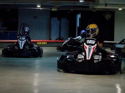 Go kart indoor track 8 races in Manacar