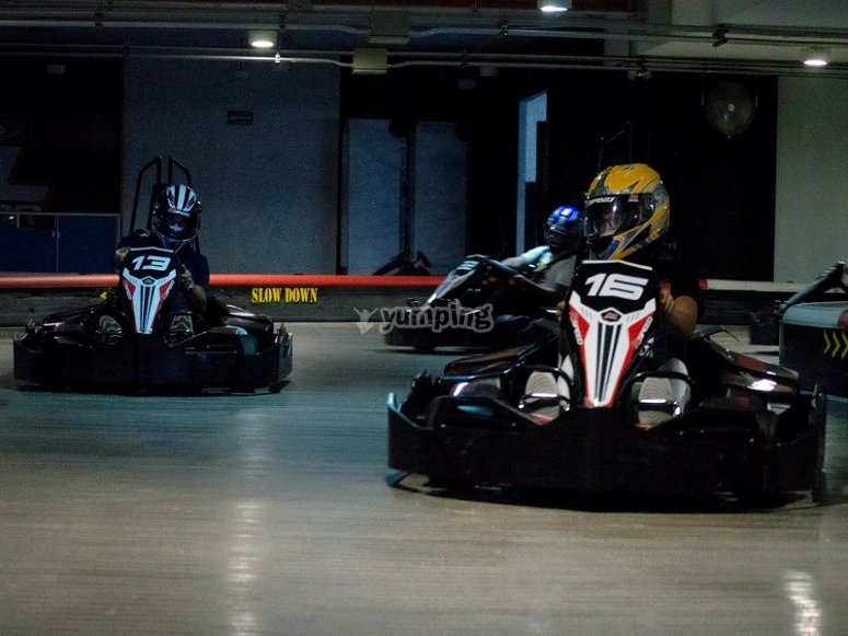 Come have fun with your friends in a fascinating race