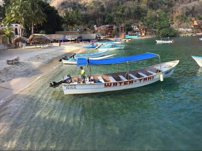 Private boat and snorkel 2 pax in Puerto Vallarta 4h