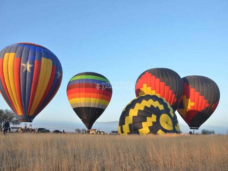 Balloons landing