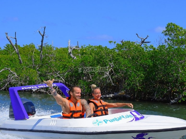 Aventura en speed boat