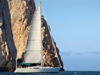 Cabo Deluxe Sailing