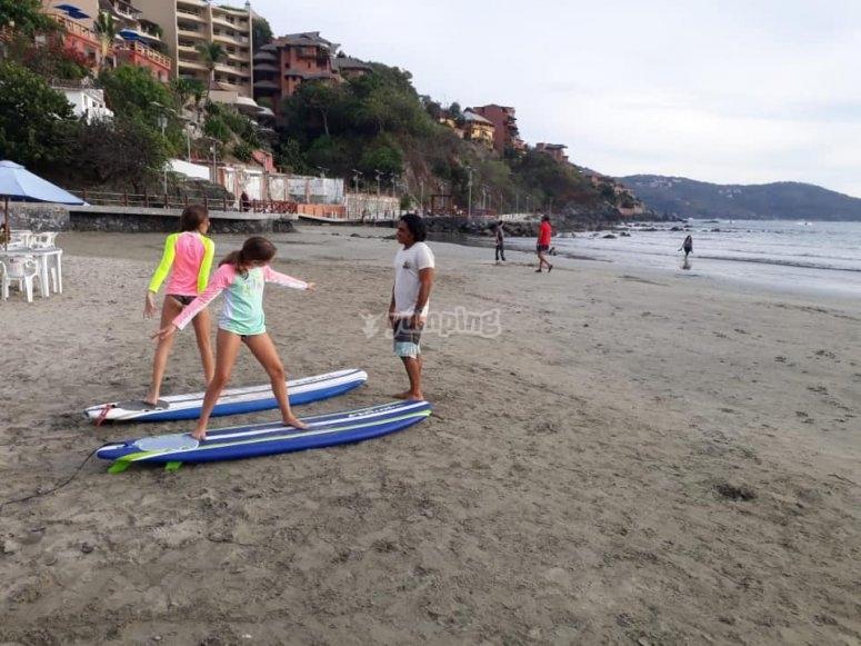 Escuela de surf en Ixtapa