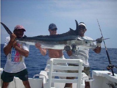 Tres Hermanos Fishing Charters Pesca