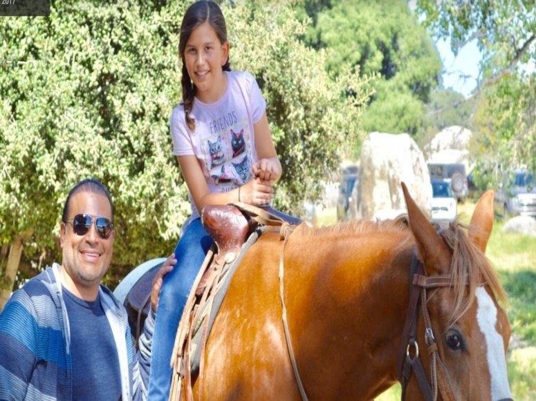 Los niños pueden pasear en caballo también
