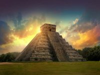 Visit to Chichén Itzá at sunrise with transportation