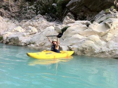 Tour en kayak por nacimiento de río en Huehuetlán