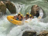 Remando río abajo
