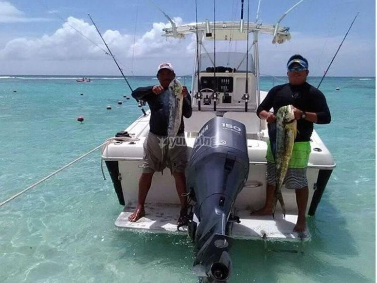 Sport fishing in panga