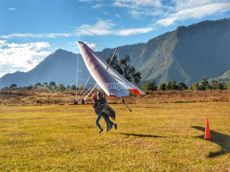 Hang gliding in Estado de Mexico