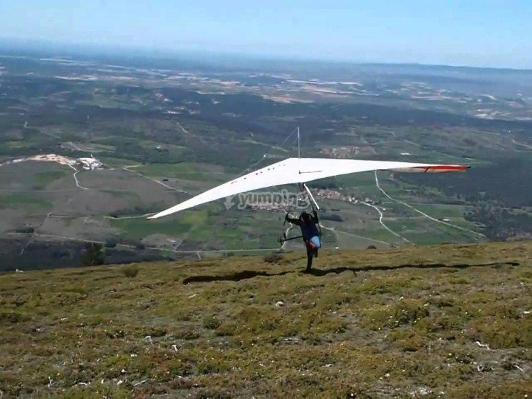 Hang gliding flight in Valle de Bravo