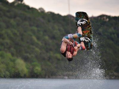Esquí acuático en lago de Valle de bravo 1 hora