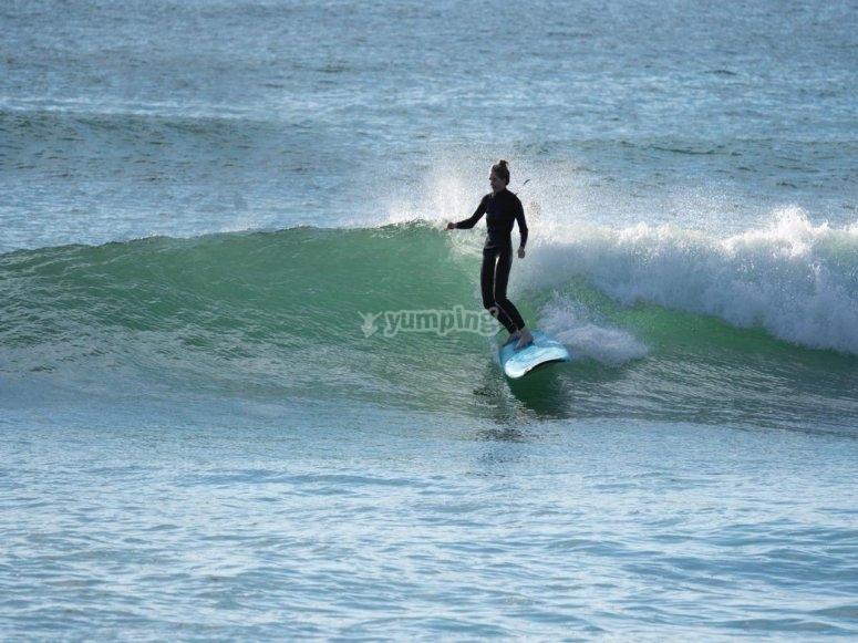 Surfeando en el Mar de Cortéz