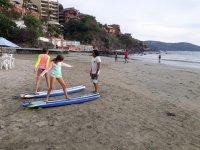 Clases de surf para niños