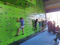 Climbing class in climbing wall