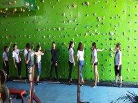 Climbing class in Escalódromo