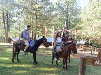 Horseback riding and hike through Santiago waterfalls 2 days