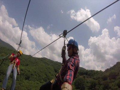 2 Saltos en tirolesa en Sierra de Mazamitla