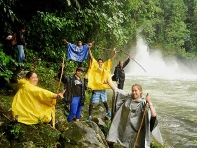 Hike to Dos Amates waterfall in Catemaco 2h